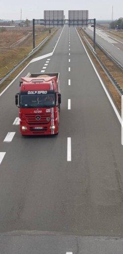 kamion - USLUGE TRANSPORTA